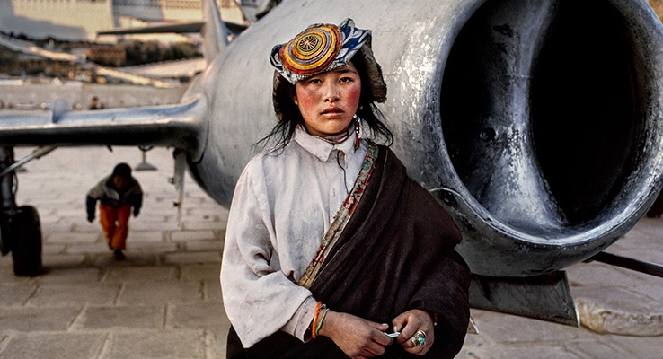 Mostra icons and women di steve mccurry a forl fino al for Steve mccurry icons